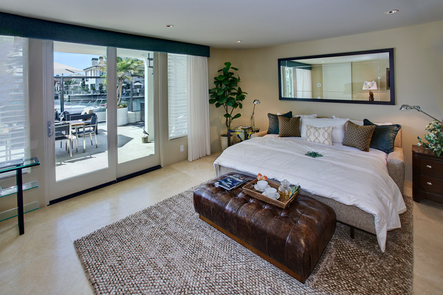 Gilbert Island Waterfront modern-bedroom