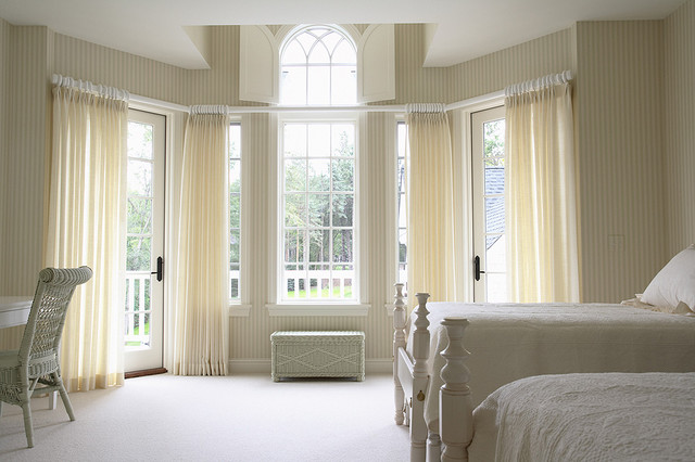 Girls bedroom with large bay window traditional for Bedroom window styles