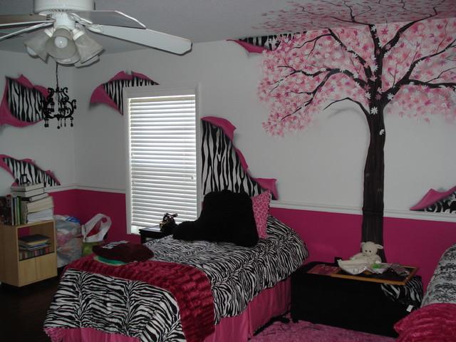 Girls Pink Tree Bedroom