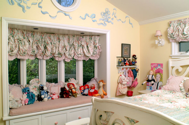 Girls room traditional-bedroom