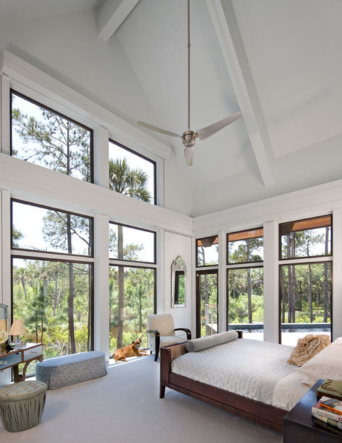 Glass house on the pond contemporary bedroom