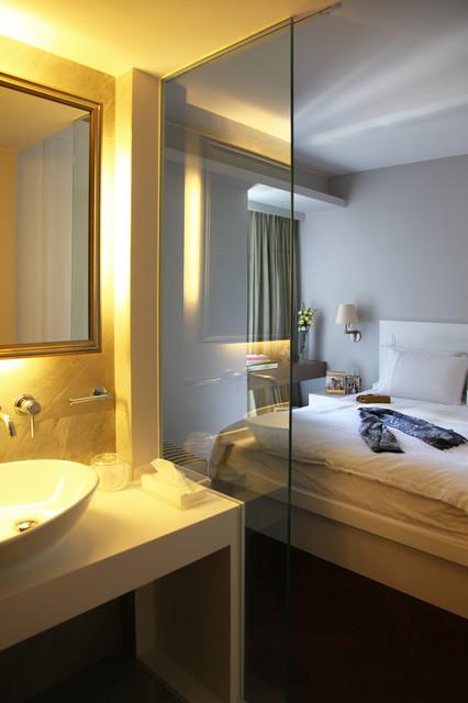 GLORIA contemporary-bedroom