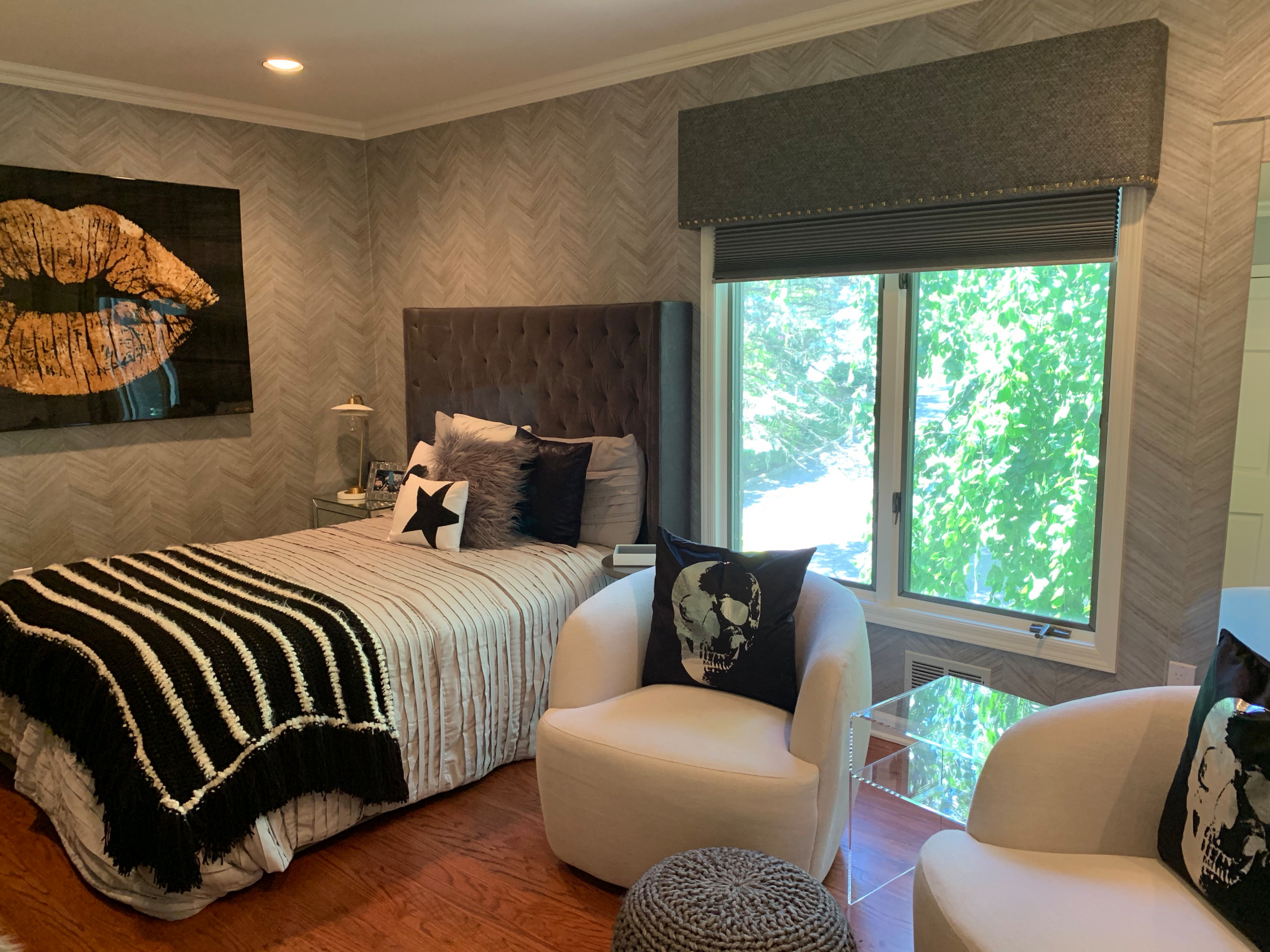 Gold and Silver Teen Modern Bedroom