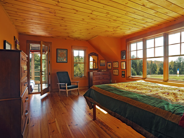 Goose Farm traditional bedroom
