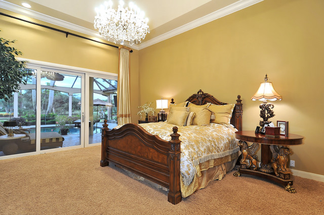 traditional bedroom by Bella Luna Services, Inc.
