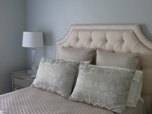 Peachy Gray Meets Beige In The Bedroom Contemporary Bedroom Home Remodeling Inspirations Gresiscottssportslandcom