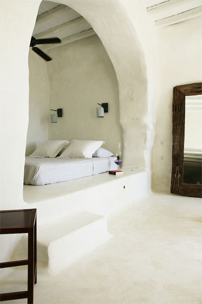 Greecian bedroom nook mediterranean bedroom