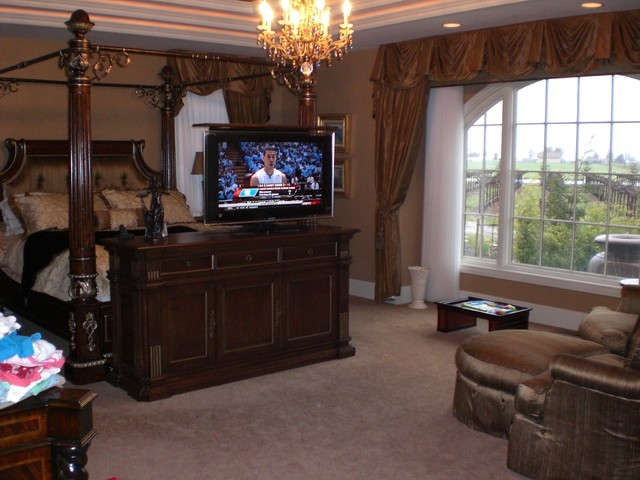 Greenwich Foot of Bed TV Lift Cabinet earns Best of Houzz. Call Cabinet Tronix - Traditional ...