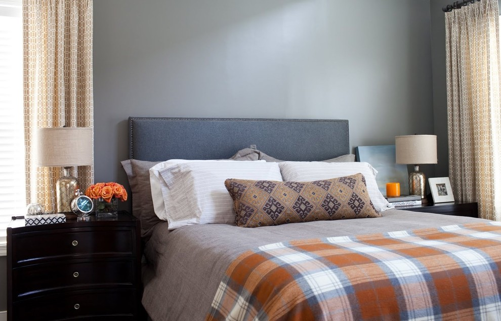 Bedroom - transitional guest bedroom idea in Baltimore with gray walls