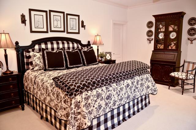 Guest Bedroom Traditional Bedroom Atlanta By Pam Adams