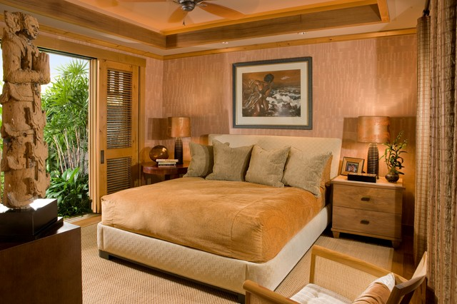 Guest bedroom tropical bedroom hawaii by saint for Hawaiian themed bedroom designs