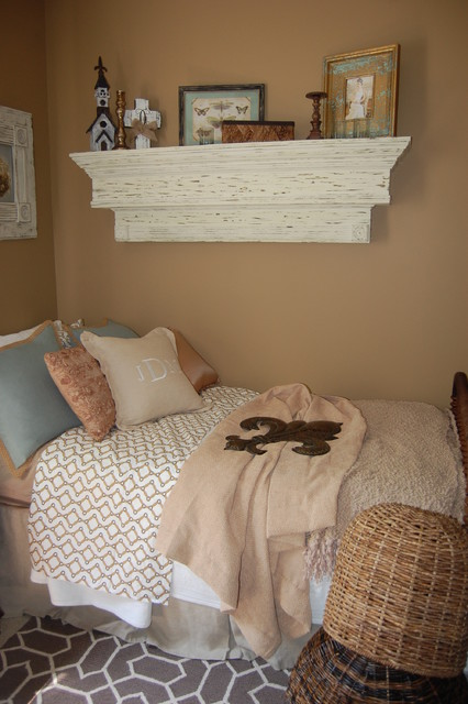 Guest bedroom Southern/ShabbyChic Charm traditional-bedroom