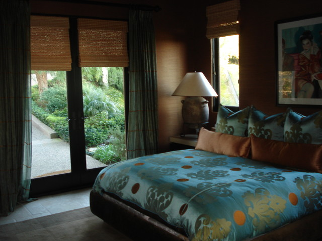 Guest house traditional-bedroom
