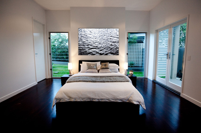 Guest room by luisa interior design modern bedroom for Guest bedroom designs ideas