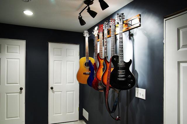 Guitar Hanger MXTM