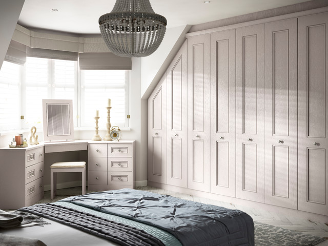 Hammonds harpsden fitted bedroom in light praline traditional bedroom