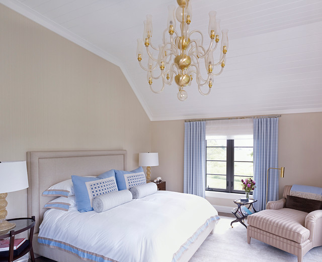 Hampton beach house beach style bedroom new york for Bedroom ideas hamptons