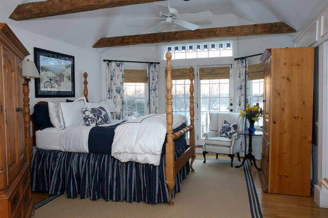 Hamptons beach house farmhouse bedroom new york by for Hamptons beach house interiors