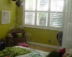 Hand-Painted Mehndi eclectic-bedroom