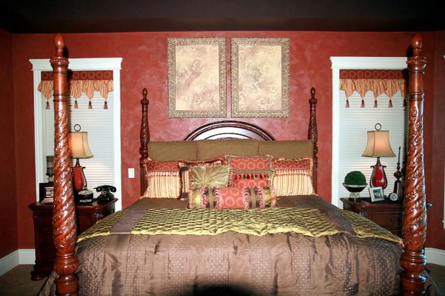 Harding Residence traditional-bedroom