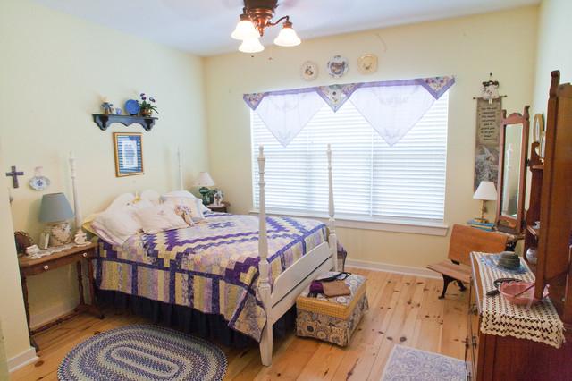 Hartman contemporary-bedroom
