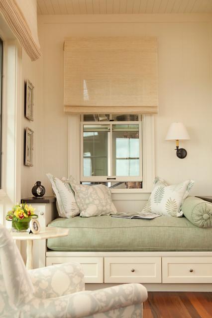 Hawaiian Plantation Retreat Guest Bedroom Reading Nook Daybed