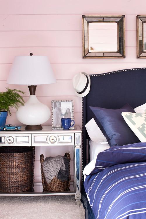 Details Eines Preppy Schlafzimmers. Foto: Houzz
