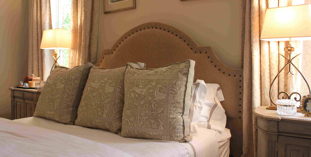 Headboard and Decorative pillows - contemporary - bedroom