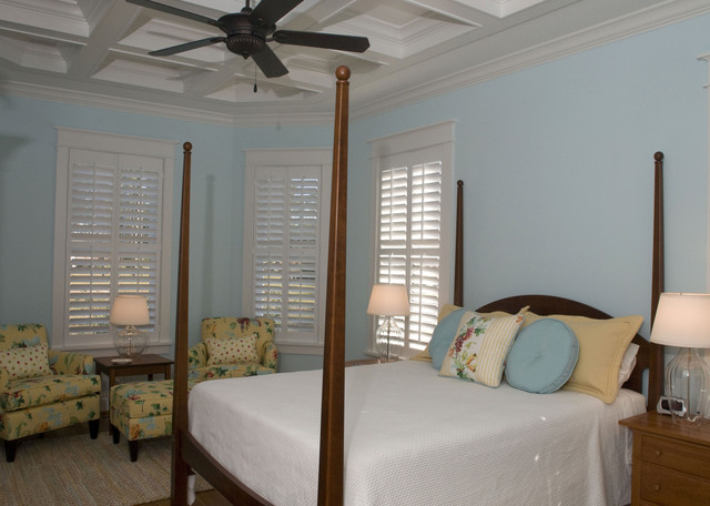 Hemingways Cottage eclectic bedroom