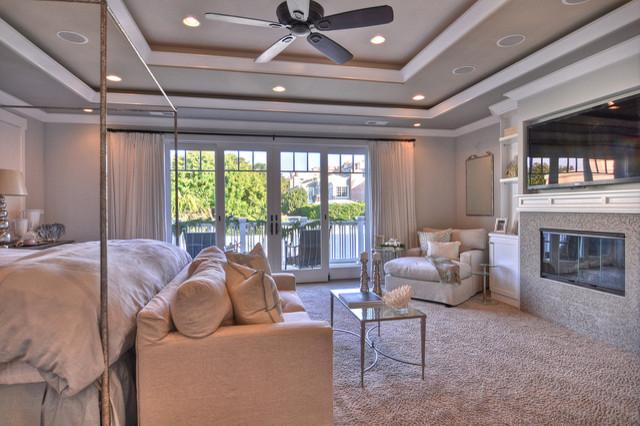Hermosa Beach Home beach-style-bedroom