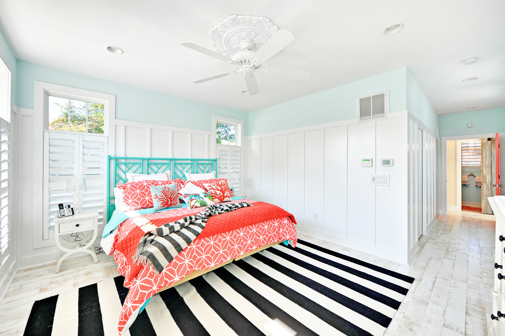 Bedroom - beach style bedroom idea in Philadelphia with blue walls