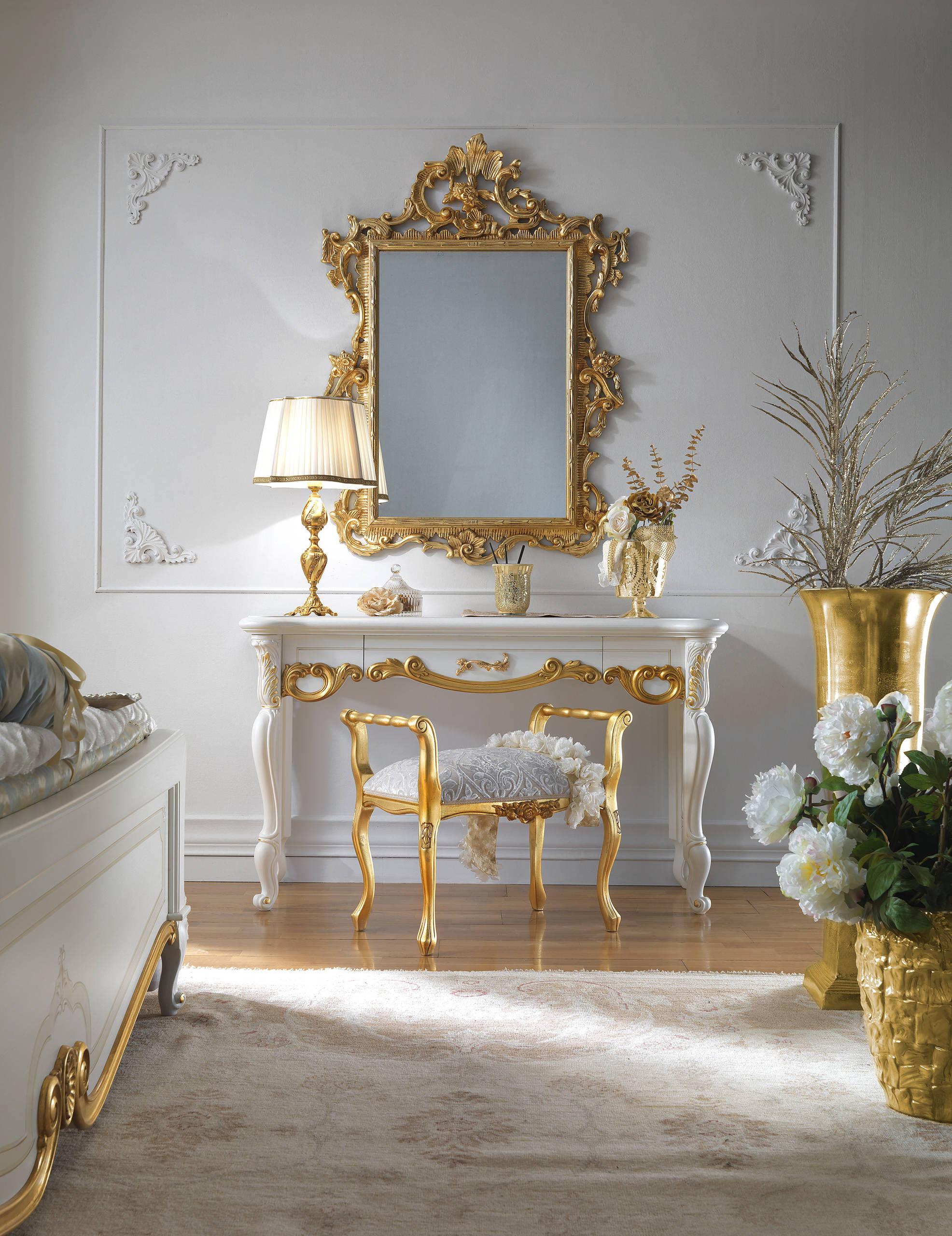 Beauty & The Beast Bedroom Ideas And Photos  Houzz