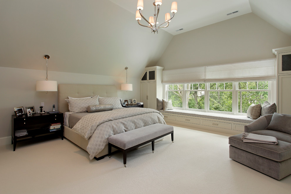 Elegant carpeted bedroom photo in Chicago with beige walls