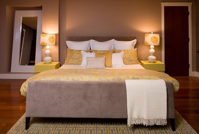 Hillside Sancturary:  Master bedroom by Kimball Starr Interior Design contemporary-bedroom