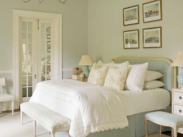 Mid-sized elegant guest bedroom photo in Atlanta with green walls