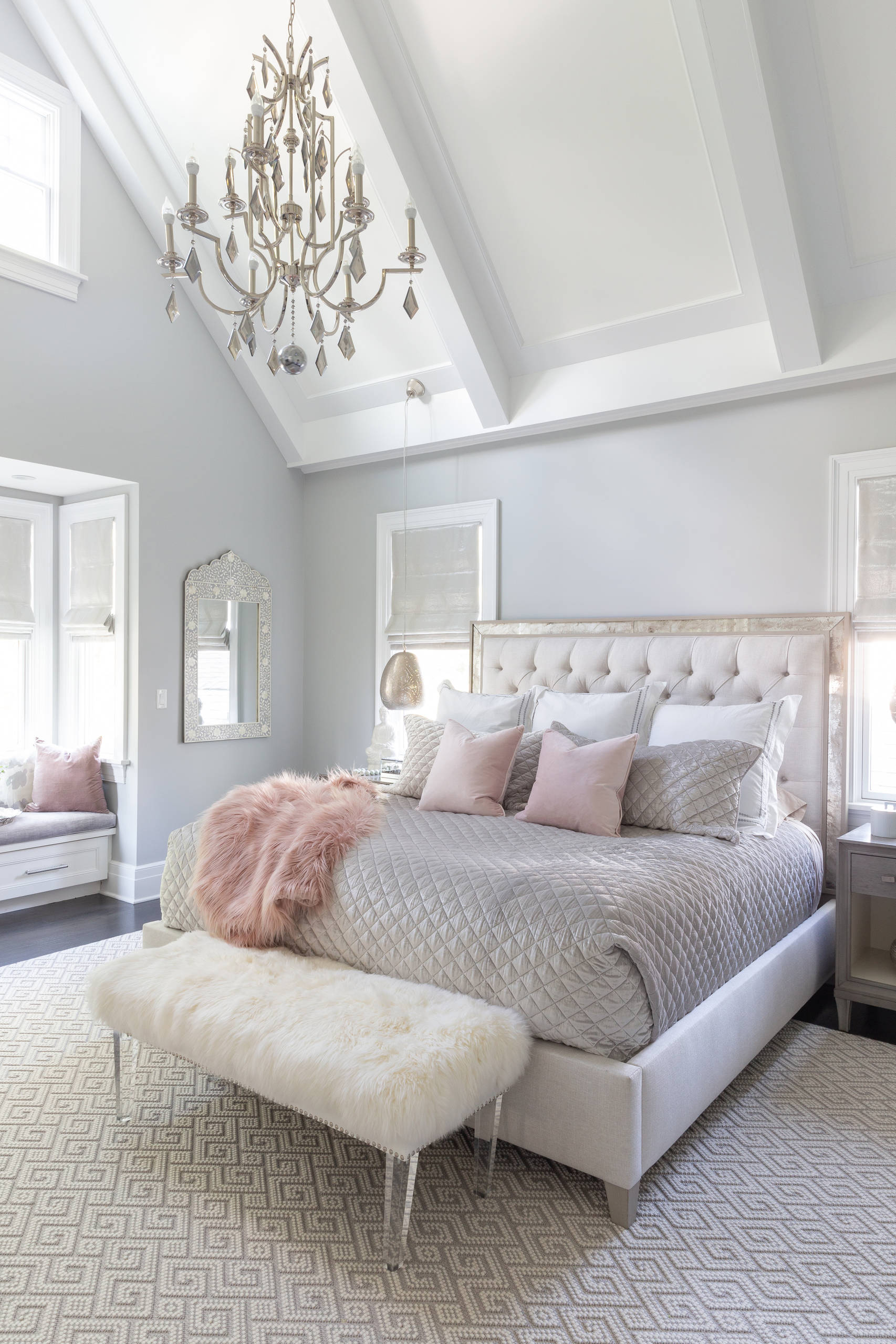 75 Beautiful Small Bedroom Pictures Ideas February 2021 Houzz