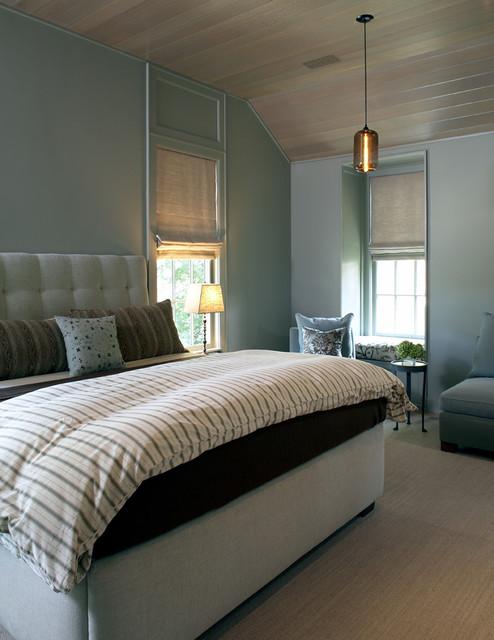 Bedroom - contemporary bedroom idea in Boston