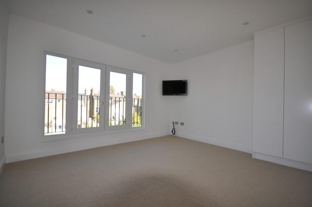 Home Extension, Loft Conversion & Refurbishment traditional-bedroom