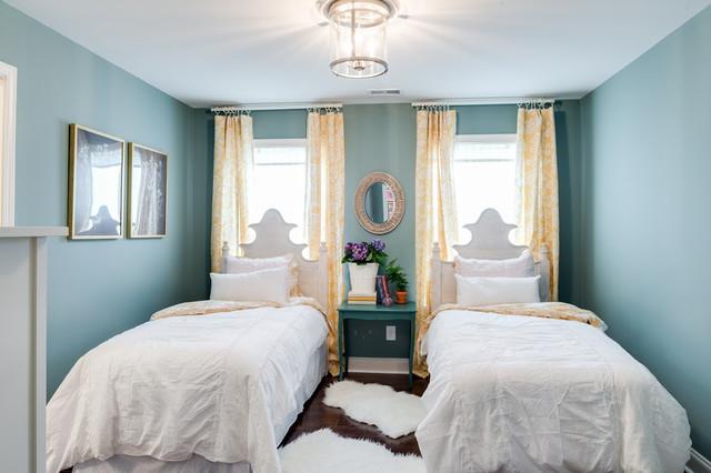 Home free episode 8 transitional bedroom atlanta for Www savoyhouse com