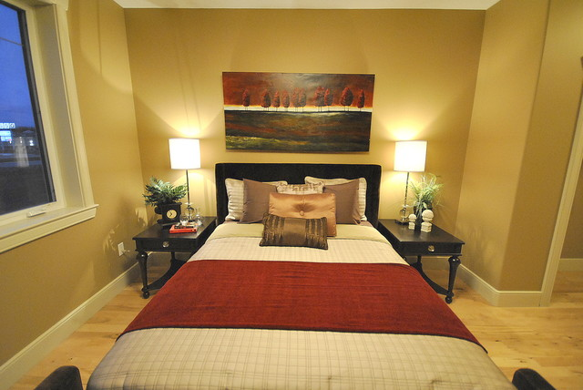 Home Staging for Bedrooms in Vacant Properties listed For Sale in Edmonton, AB modern bedroom