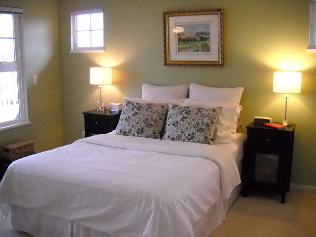 Home Staging contemporary-bedroom