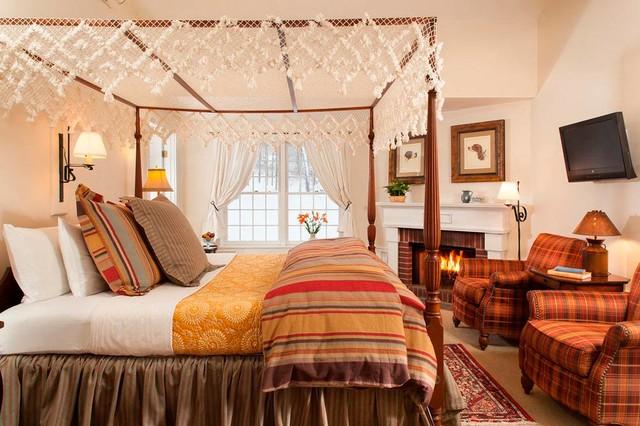 Camera Da Letto Rock : Hotel and inn photography classico camera da letto boston di