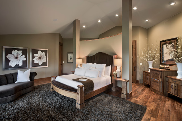 House on the Green rustic-bedroom