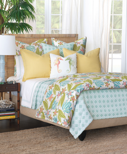 How To Dress Your Bed Tropical Bedroom Other By Robb Stucky