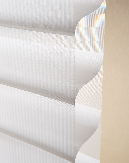 Hunter Douglas Holiday Style Event traditional-window-treatments