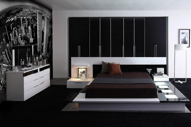 . Impera Modern Contemporary lacquer platform bed   Modern   Bedroom