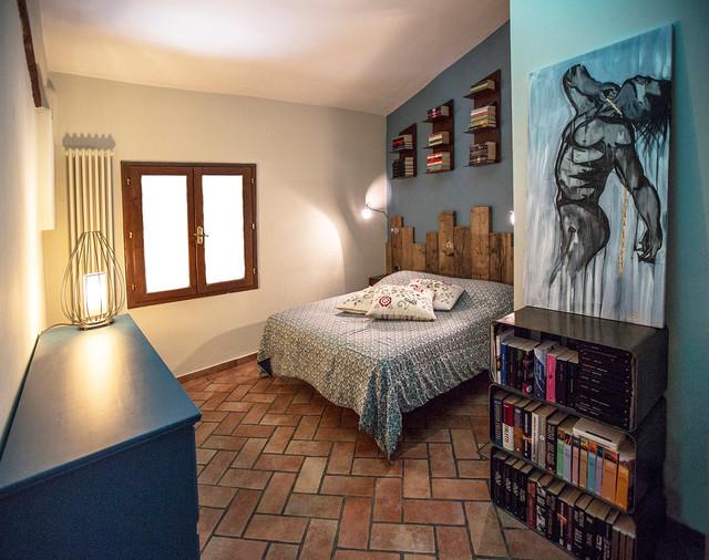 Industrial style contemporaneo camera da letto firenze di rachele biancalani studio - Studio in camera da letto ...