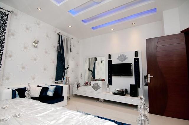 Interior tropical-bedroom