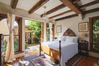 75 Beautiful Mediterranean Bedroom Pictures Ideas March 2021 Houzz Au