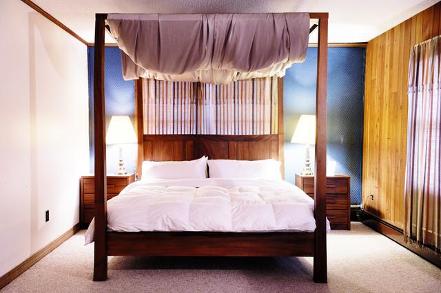 Interior traditional-bedroom